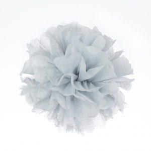 Pompones de papel color gris